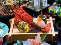 【夕食・伊勢海老会席】お刺身がぷりぷりっとこのボリューム!