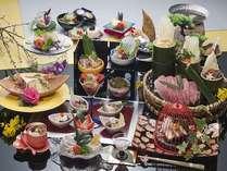 季節に合わせて様々な素材でお腹も心も満足出来る会席料理となっております♪