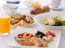 人気の和洋朝食バイキング(7:00~9:30)