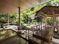 名湯「登別温泉」。露天風呂では移りゆく四季を感じることができます