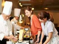 【営業再開】夕食は新様式☆セット&ビュッフェで温泉三昧☆
