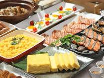 【朝食バイキング】目の前で焼くふわふわのだし巻き玉子や焼魚
