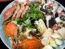 *魚介類・野菜などの旨みを凝縮したあったか牡蠣鍋。(料理一例)