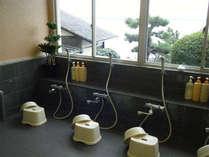 *美しい奥浜名湖を望むお風呂。ゆったりとご入浴下さい。