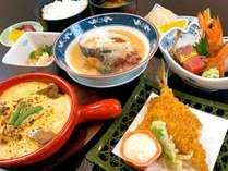 【夕食一例】スタンダード和膳:季節ごとの旬の食材をお楽しみ下さい。