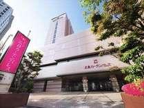 広島駅新幹線口から徒歩約5分。ビジネス・観光の拠点として大変便利です