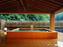 開放感いっぱいに日本の和のくつろぎジャパニーズ「吟月」