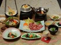 【宿一押し】牛肉のすき焼きや雲丹の釜飯など彩り豊かな会席料理「風林火山プラン」