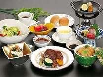 牛肉をお好みの焼き方で味わえる【牛陶板焼プラン 9月】
