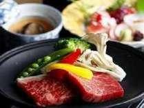 お肉メインのレギュラープラン ※ご夕食は季節ごとに変わります。