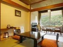 6畳+4.5平米の小さめな客室です。リーズナブルにご利用いただけるタイプになります。,大阪府,伏尾温泉 不死王閣