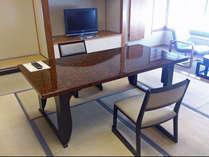【シーン別】ご年配の方も安心・椅子テーブルで過ごす和室【部屋食】