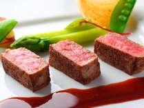 【誕生日・記念日】大人の贅沢◆最上階レストランで味わうご褒美◆一泊夕朝食付:フランス料理