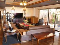*しーさー/《リビング》家具やインテリアにもこだわっており、贅沢なひと時をお過ごしいただけます。
