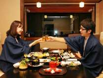 食事は嬉しいお部屋食♪誰にも邪魔されない空間をお楽しみ頂けます。