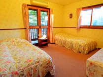 *【客室一例】ペットと同室!専用シーツがあるのでベッドの上もOK