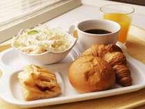 朝食は無料サービス♪
