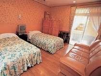 ルナ館・ツイン フォレストビューの芦野石造り露天風呂付き客室一例、ツイン(1階又は2階)