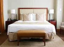 ジュニアスイート ダブル(60平米)ベッド幅180cm ×205cm × 1台 【インペリアルフロア】
