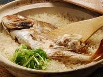 天然鯛の身は柔らか♪お茶漬けで2度楽しむのが通な食べ方♪