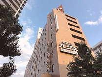 新大阪駅から地下鉄でわずか1駅!西中島南方駅2番出口からスグのホテルです♪
