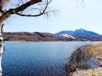 ★四季折々の表情を見せる女神湖