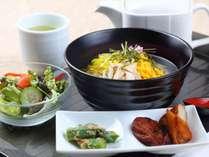 【朝食】鶏飯