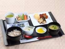 【朝食 麦とろろご飯】人気ナンバーワンメニューです☆(通常料金1210円)