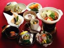 【家族旅行】新年スペシャル!和懐石&和・正月膳朝食(個室)【カップル旅行】