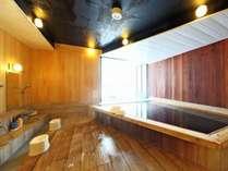 大山伽羅温泉の展望風呂(男性用)