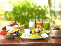 美と健康をテーマに身体にやさしい沖縄食材を使ったヘルシーな朝食