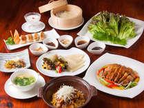 ジューシー島豚餃子に、おこげの香りが食欲をそそる♪豚トロ炒飯など、島豚尽くしの中華コースです。