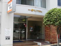 当館は静岡駅南銀座通りにございます