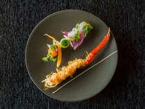 レトロでラグジュアリーな洋館で秋旅の贅沢を堪能する、秋の味覚と蟹づくしのフレンチ創作料理