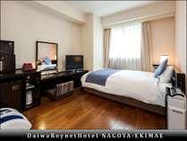 【リラックスルーム】部屋の広さ20平米、ベッド幅140cm