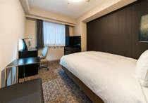 エグゼクティブダブル&シングルルーム(10階以上、全室禁煙)は18平米でワイドダブルベッドを設置!!