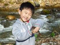 ただ今、河川災害復旧工事の為魚釣り体験は休止とさせていただいております。