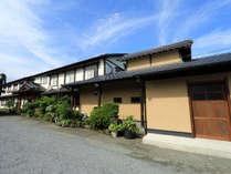 【外観】併設する食事処は2017年夏にリニューアルオープンいたしました。