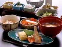 朝食は和食膳でのご用意(イメージ)