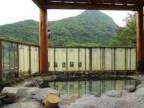 宿泊者は無料♪大自然を一望できる露天風呂です★