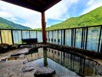 ■展望露天風呂 新緑の季節!
