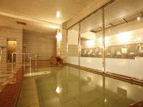 【本館】三重城温泉 島人の湯は広々浴室でゆったり