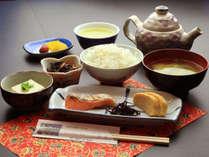 【朝食】ごはんはお代わり自由です(^^♪