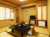見晴らしがもう一つのレトロな和室4.5畳