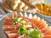 ■朝食バイキングイメージ。フルーツも豊富にご用意しております