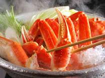 11月~3月末までは、お部屋でセルフで楽しむ「カニ鍋」のオプション夕食付きプランが好評です♪