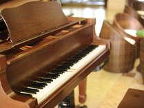 ロビーでは時折、ピアノ演奏が聞こえてくるかも・・・?