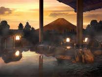 富士山を望む絶景露天!四季折々、表情を変える富士山を是非お楽しみください。