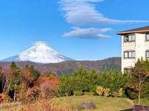 外観と富士山(二階笠雲)