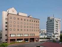 サンシャイン徳島・本館&アネックス 両館を連絡通路が結んでいます。